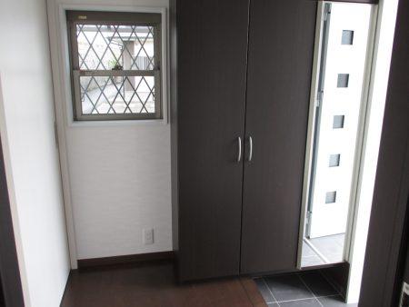 玄関収納ボックス